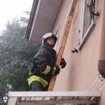 19092015 vigili del fuoco vento finestra (3)