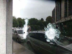 02102015 vetrina vandali via maestri del lavoro (4)