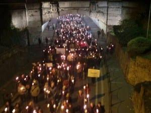 20112015 fiaccolata attentati parigi (14)