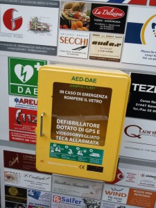 29112015 defibrillatore rubato (1)