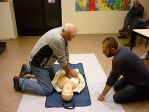 30112015 defibrillatore projuiventute (2)