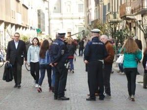polizia locale corso italia (2)