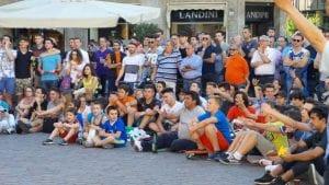 27062016 italia spagna ledwall in piazza saronno (5)