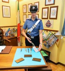 05102016-carabinieri-tradate-droga-hashish-1