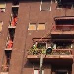 20170901 pompieri scala terrazzo (1)