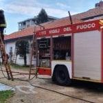 20200313 incendio tradate villetta pompieri (1)